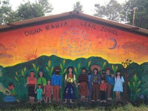 La escuelita zapatista aprendiendo y habitando mundos posibles