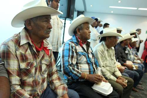 Leaders ofeight Yaqui Tribal villages meeting with Senators on August 8, 2014, to demand that the transfer of water to Hermosillo, Sonora state capital, via the Independence Aqueduct be stopped. Photo: María Luisa Severiano