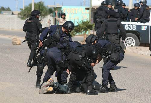 Police repression in Baja
