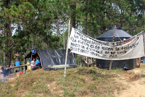 Displaced persons in Poblado Primero de Agosto, municipality of Las Margaritas, May 2015 © SIPAZ