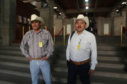 Fernando Jiménez and Mario Luna, representatives of the Yaqui people. Photo @ Benjamín Flores